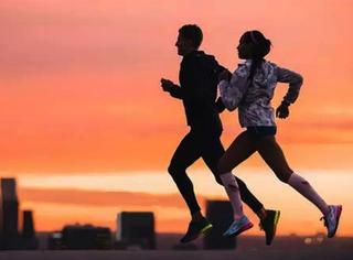 永远不要低估一个跑者 说不定他(她)以后是我们的老公...