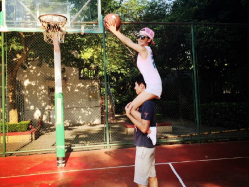 已知张嘉倪身高164、篮球直径24.6,求其男票有多高?