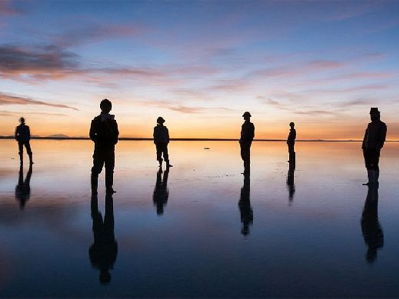 绝美!日本小哥拍到的玄幻照片 这才是真正的水上漂!