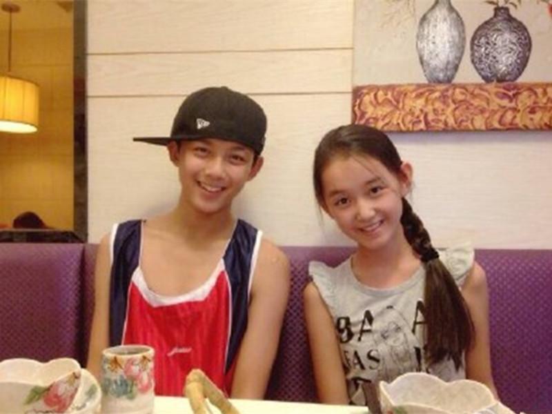 吴磊&蒋依依:人家还小呢,大家就不要乱组CP啦!