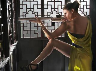 《碟中谍5》 | 她用一双大长腿收复了汤姆·克鲁斯