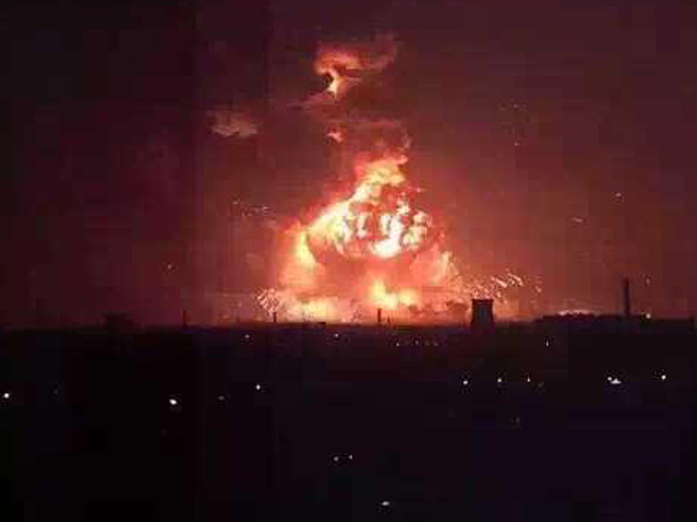 震惊!实拍天津开发区大爆炸 跟世界末日来了一样