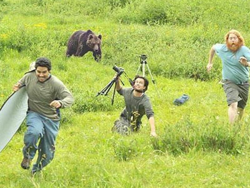 这些摄影师都不要命了!?一张照片背后的惊险与搞笑