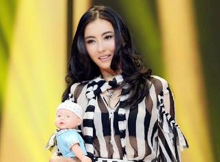35岁辣妈张柏芝:包包是仅次于儿子们的存在!