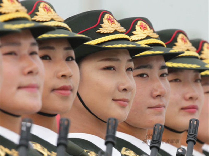 谁说女子不如男,仪仗队女兵用气势分分钟秒杀你!