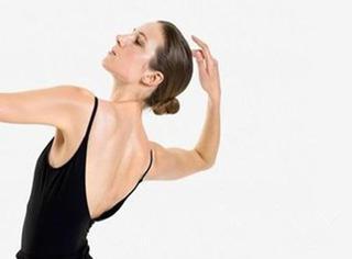 你瘦了 | 9个动作塑造性感背部!