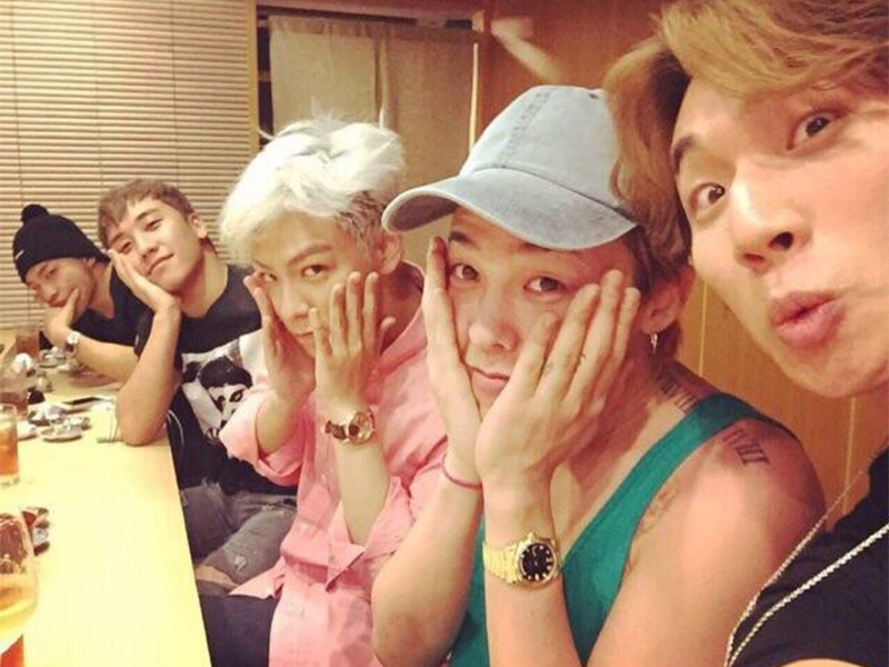 盘点大明星们为粉丝做的贴心举动,BIGBANG为粉丝包专机?