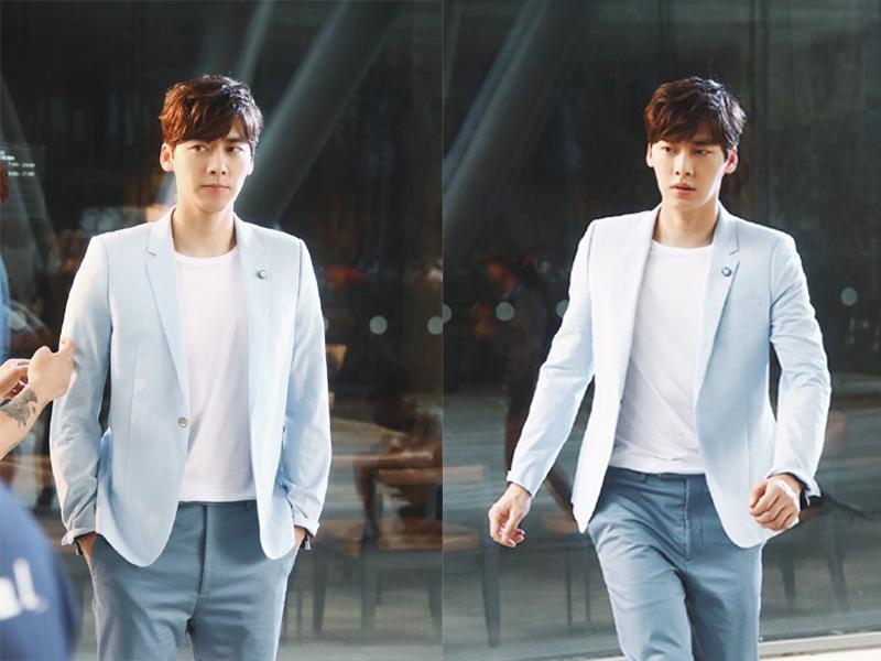 李易峰穿蓝色西服 还是那个干净英俊的大男孩儿