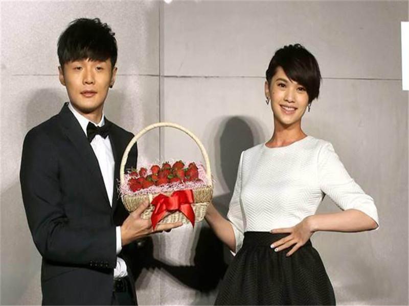 杨丞琳、李荣浩已经结婚?偶像剧女王就这么默默地把自己嫁了......