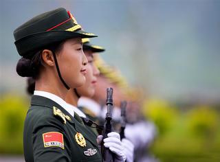 阅兵来了|新军装也玩高定,威武丝毫不减!
