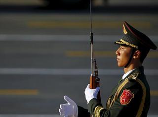 橘子视频 | 这是中国男兵最帅的一个动作,没有之一!