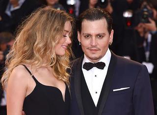 威尼斯电影节|Johnny Depp携美妻出席,就算月半也还是那么迷人