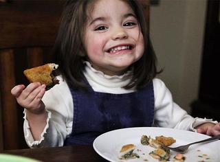 妈妈用4年学会195个国家的650道菜,只为做给女儿丈夫吃!