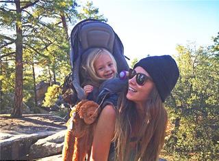 18个月开始攀岩,3岁她就跟着妈妈穿越大峡谷!