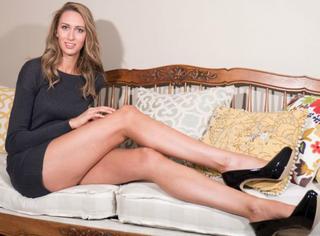 这个模特刚刚刷新了美国最长腿的记录!你猜猜她的腿有多长?