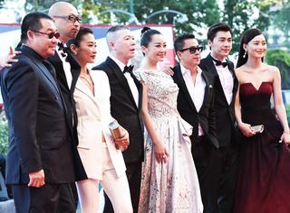 威尼斯电影节   《老炮儿》主创集体亮相闭幕红毯