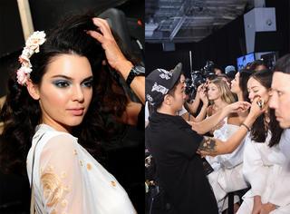 纽约时装周 | 走一遭秀场的后台 看看模特们在忙什么!