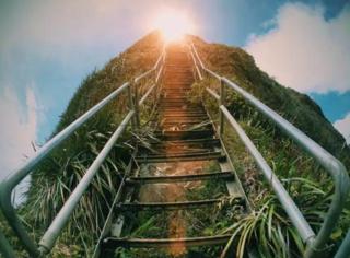 世界上最美丽的天国阶梯,你敢登么?