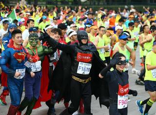 北京马拉松今天开跑,可这些逗比确定不是来捣乱的?