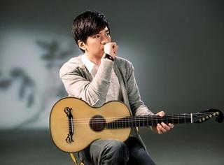 今天他生日 | 李健:他是喧嚣之外的浅唱者
