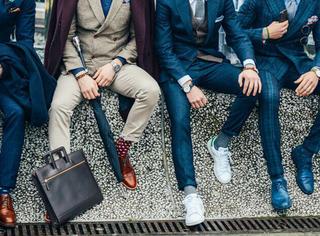 你也可以变身街拍型男 男生秋冬穿这些就对啦!