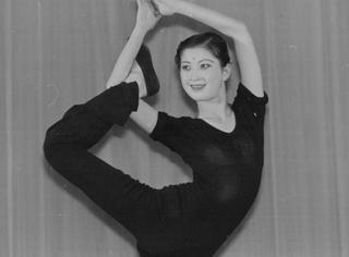 """她是""""一代舞星"""",美貌舞蹈不输杨丽萍,却惨遭不幸被歹徒杀害"""