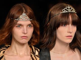 Saint Laurent要做小公主的心被满场的小皇冠出卖了