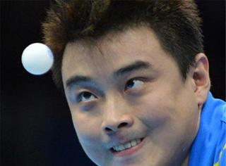 """还在收还珠格格、暴漫表情包?现在流行的是""""打乒乓球""""表情!"""