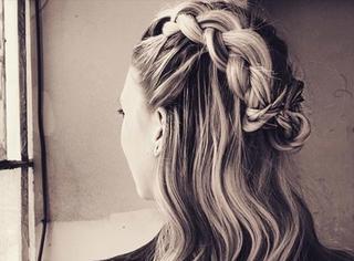 尖叫吧!全世界最会扎头发的女人又出新发型