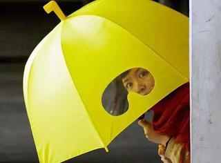 最美的不是下雨天,而是与你躲过雨的那把伞