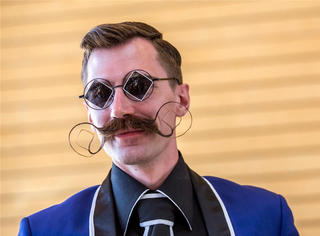 天哪噜!胡子也有锦标赛!来看谁的胡子最潮!