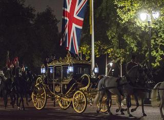 """习大大去英国访问,英国人准备了一个""""童话""""世界来迎接!"""