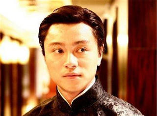"""他被称""""小张国荣"""",刘青云黄秋生为他搭戏,当红患恶疾面临死亡"""