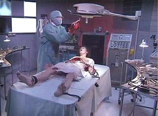 重口味图解 | 医生用活人解剖,把人体改造成机器!