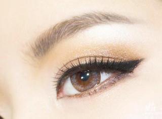 适合初学者的时尚眼妆技巧,要美丽其实也很简单!