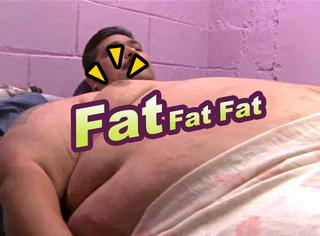 世界上最胖的人長啥樣?體重870斤,7個人才能抬出門!