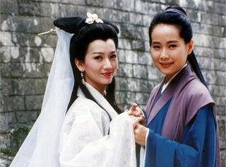 曾经扮演恩爱夫妻的两位女神,如今一个风韵犹存,另一个不忍直视