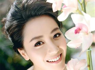 她是京城四美之一,演新红楼梦签约英皇有背景却不红,嫁男模生女