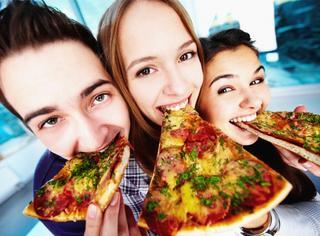 吃披萨长胖?1个方法让你成功躲避卡路里