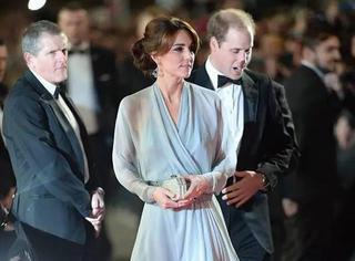 凯特王妃钻石长裙出席007首映,抢尽邦女郎风头