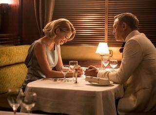 《007:幽灵党》给3星已经是好评了