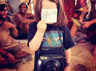 5岁的小屁孩,已经环游世界并成为国家地理的签约摄影师!