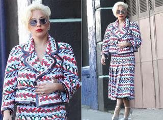 GaGa身穿香奈儿,红白蓝三色力挺法国!