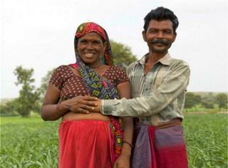怀了14个姑娘后终于生到儿子,结果这对印度夫妇还要冒险生第16个...