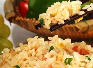 煮米饭时加点它,煮出的米饭香喷喷!很多人都不知道!
