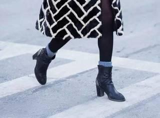 一款黑色短靴,足够你搭配整个寒冬