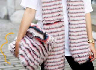 别说你冬天不爱毛绒绒 最暖心的毛绒绒单品