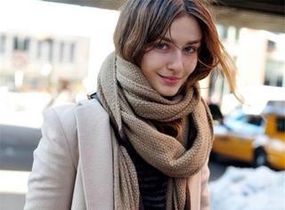 今天穿什么 | 如何选择一条显脸小的围巾?