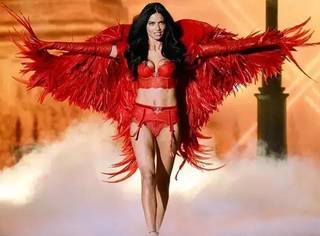 维秘天使那么多| 凭啥就她进了纽约杜莎夫人蜡像馆?!
