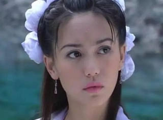 她是牡丹仙子,美貌惹王晶赞与马景涛传绯闻,如今嫁人经商有道!